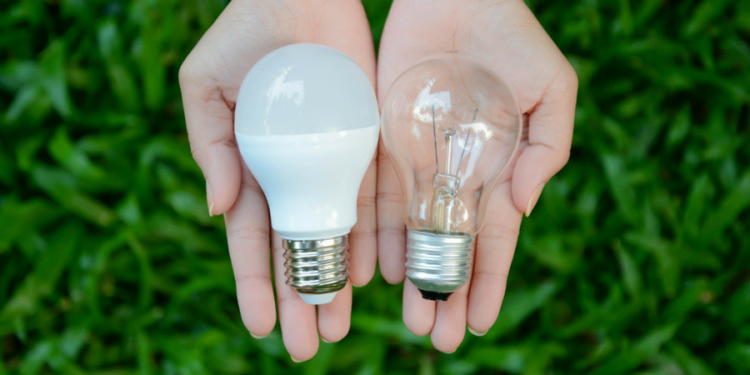 ultimate-guide-led-lights-leds-vs-incandescents-1-1-750x375